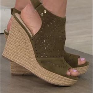 NWT Marc Fisher khaki suede sandals wedges Harlea